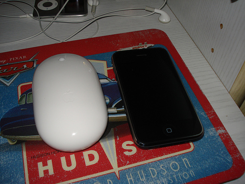 how to connect magic mouse to iphone
